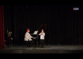 A Devecseri Zeneiskola anyák napi koncertje