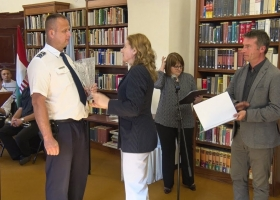 Év rendőre díj átadása Devecserben