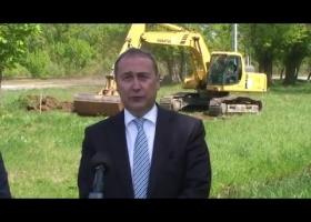 Sajtótájékoztató a Torna patak gátjának helyreállításáról