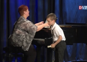 Devecseri Zeneiskola anyák napi koncertje 2018