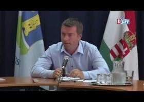Devecser Város Önkormányzatának 2016.07.13-i Képviselő-testületi ülése