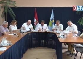Devecser Város Önkormányzatának 2017.06.21-i Képviselő-testületi ülése