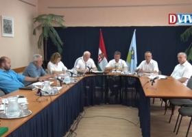Devecser Város Önkormányzatának 2017.06.28-i Képviselő-testületi ülése