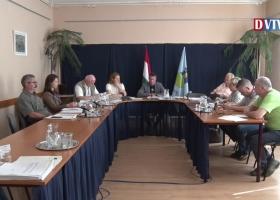Devecser Város Önkormányzatának 2018.04.25-i Képviselő-testületi ülése