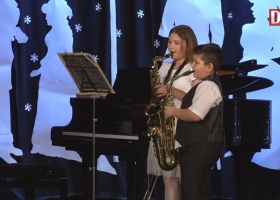 A Devecseri Zeneiskola karácsonyi koncertje
