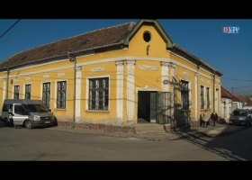 Az egykori művelődési ház ünnepélyes átadás-átvétele