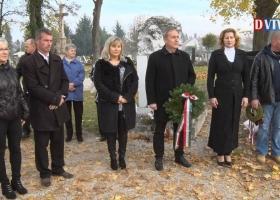Nemzeti Gyásznapon emlékeztek az '56' osokra Devecserben