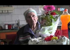 Ilonka néni köszöntése 90  születésnapján